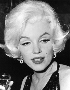 Marilyn Monroe at the Golden Globe Awards in 1962.**R.C. - Image 0758_0074