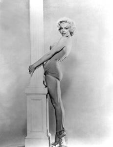 Marilyn Monroe publicity still c. 1953.photo by Bert Riesfeld - Image 0758_0120