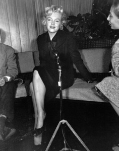 Marilyn Monroeat a Hollywood Press ConferenceFeb.ruary 25, 1956. - Image 0758_0133