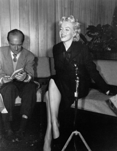Marilyn Monroeat a Hollywood Press ConferenceFebruary 25,  1956. - Image 0758_0135
