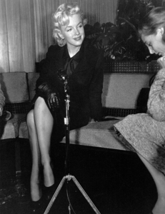Marilyn Monroe at a Hollywood Press ConferenceFebruary 25, 1956. - Image 0758_0136