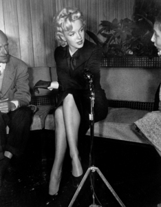 Marilyn Monroe at a Hollywood Press ConferenceFebruary 25, 1956. - Image 0758_0138