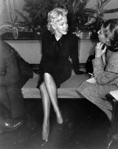 Marilyn Monroe at a Hollywood Press ConferenceFebruary 25, 1956. - Image 0758_0139