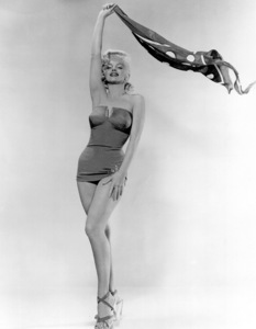 """Marilyn Monroe publicity shoot for""""How To Marry A Millionaire,"""" 1953.photo by Bert Riesfeld - Image 0758_0250"""