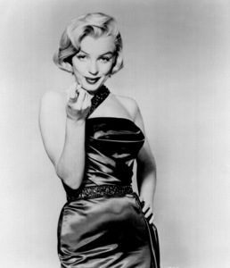 """Marilyn Monroe publicity still for""""How To Marry A Millionaire""""1953 / 20th Century Fox - Image 0758_0312"""