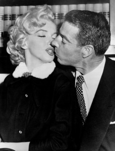 Marilyn Monroe and Joe DiMaggioon their wedding day, January 14, 1954. - Image 0758_0362