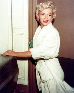 """Marilyn Monroe in New York for locationshooting of """"Seven Year Itch,The""""in September 1954. - Image 0758_0403"""