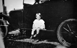 Marilyn Monroe as littleNorma Jean Baker at 2 yrs. old1928 - Image 0758_0539