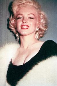 Marilyn Monroe, c. 1954. - Image 0758_0608