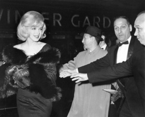 """Marilyn Monroe arriving at the Capitol Theaterfor the Premiere of """"The Misfits,"""" c. 1961. - Image 0758_0798"""