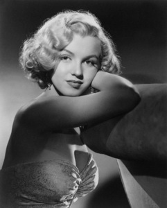 "Marilyn Monroe in ""All About Eve""1950Photo by Laszlo Willinger** I.V. - Image 0758_0824"