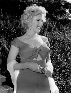 "Marilyn Monroe at a Hollywood Partyin which Ray Anthony unveiled the musicalhomage ""Marilyn"" August 1952. **I.V. - Image 0758_0847"