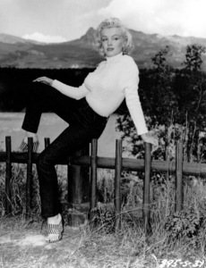 "Marilyn Monroe taken during thefilming of ""River Of No Return""c. 1953 / **I.V. - Image 0758_0880"