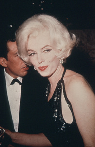 Marilyn Monroe with Jose Bolanos atthe Golden Globe Awards in 1962. - Image 0758_0882