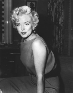 Marilyn Monroe during her return towork at Twentieth Century Fox, 4/15/54.**I.V. - Image 0758_0965
