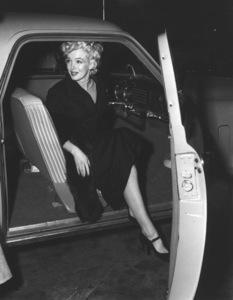 Marilyn Monroe, 3/5/54.**I.V. - Image 0758_0966