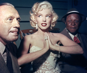 """Jack Benny, Marilyn Monroe and Eddie """"Rochester"""" Andersoncirca 1950s ** I.V. - Image 0758_1027"""