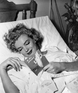 Marilyn Monroecirca 1952** I.V. - Image 0758_1034