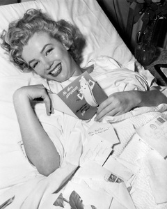 Marilyn Monroecirca 1952** I.V. - Image 0758_1035