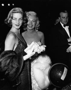 """Lauren Bacall and Marilyn Monroe at the premiere of """"How to Marry a Millionaire""""circa 1953** I.V. - Image 0758_1062"""