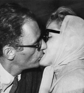 Arthur Miller and Marilyn Monroe in London1956** I.V. - Image 0758_1122