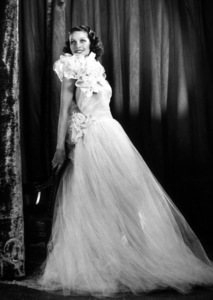 Loretta Young, c. 1938. © 1978 James Doolittle *K.K.* - Image 0759_0146