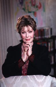 Loretta YoungJuly 1988 © 1988 Gene Trindl / MPTV - Image 0759_0150