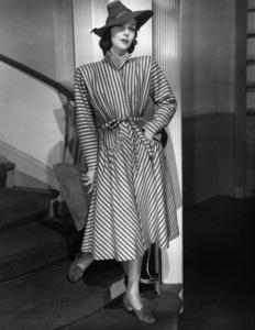 Loretta Youngcirca 1940** I.V. - Image 0759_0166