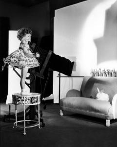 Shirley Templecirca 1933** I.V. - Image 0763_0603