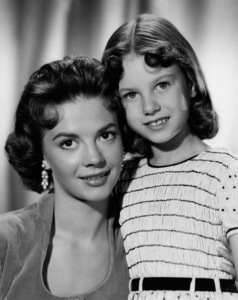 "Natalie Wood with sister Lana Wood for""The Searchers,"" 1956. - Image 0764_0139"