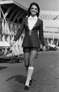 "Natalie Wood before filming of ""Bob & Carol & Ted & Alice,"" 11/27/68. - Image 0764_0301"