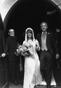 Natalie Wood with her husband Richard Gregson on their wedding day, May 30, 1969. © 1978 Gunther - Image 0764_0302
