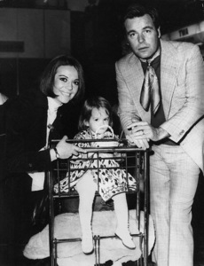 Natalie Wood with her daughter, Natasha Gregson Wagner, with Robert Wagner at London AirportDecember 10, 1972 - Image 0764_0305