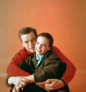 Natalie Wood with husband Robert Wagner1958 © 2001 Mark Shaw - Image 0764_0378