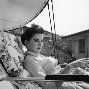 Natalie Wood at home1957 © 1978 Wallace Seawell - Image 0764_0422