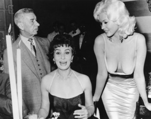 Jayne Mansfield, Sophia Loren and Mike Romanoff at Romanoff