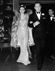John Barrymore and wife Elaine Barrie arriving to attend the testimonial dinner given to Eddie Cantor, to celebrate his 25th Anniversary as an entertainer10-30-1937 - Image 0801_0807