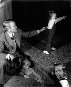 James Stewart with wife and childrenc. 1940Copyright John Swope Trust / MPTV - Image 0802_2147