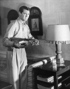 Cary Grant circa 1952 © John Swope Trust - Image 0807_2003
