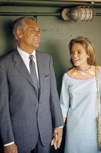 Cary Grant and Dyan Cannoncirca 1967 © 1978 Gunther - Image 0807_2035