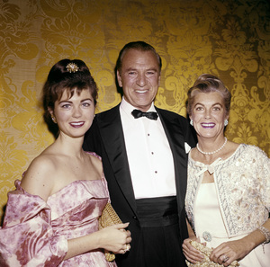 Gary Cooper with wife Sandra Shaw and daughter Mariacirca 1956© 1978 David Sutton - Image 0809_0860