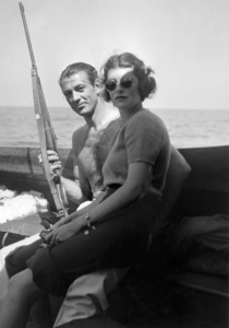 Gary Cooper holding his Griffin & Howe 22 Hornet with Sandra Shaw 1941** I.V. / M.T. - Image 0809_0906