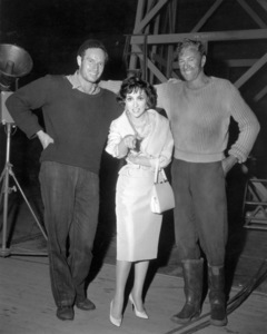 """Charlton Heston, Gina Lollobrigida and Gary Cooper on the set of """"The Wreck of the Mary Deare""""1959 MGM** I.V. / M.T. - Image 0809_0915"""