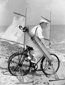 W.C. Fields, c. 1933. - Image 0815_0005