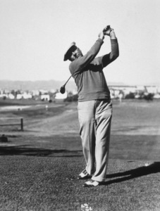 W.C. Fields golfing in Los Angeles, Ca.1935Photo by D. Scott Chrisholm/*G.L.* - Image 0815_0413