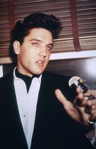 Elvis PresleyApril 20, 1960 - Image 0818_0134