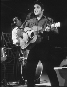 """Elvis Presley in Los Angeles, for appearance on """"TheEd Sullivan Show,"""" 9/9/56.Photo by Gabi Rona - Image 0818_0410"""