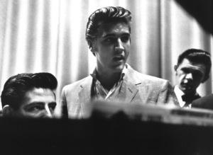 Elvis Presley rehearsing for an L.A. performance, 1956. Photo: Ernest Reshovsky © 1978 Marc Reshovsky - Image 0818_0531