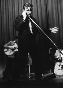 Elvis Presley, 1956 L.A. performance. Photo: Ernest Reshovsky © 1978 Marc Reshovsky - Image 0818_0544