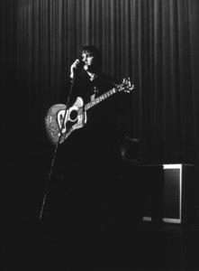 Elvis Presley, 1956 L.A. performance. Photo: Ernest Reshovsky © 1978 Marc Reshovsky - Image 0818_0547